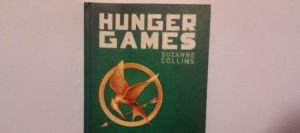 Hunger Games, de citit în două seri